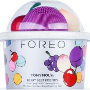 Foreo Luna Play Mini Purple & 2 TonyMoly Lip Balms